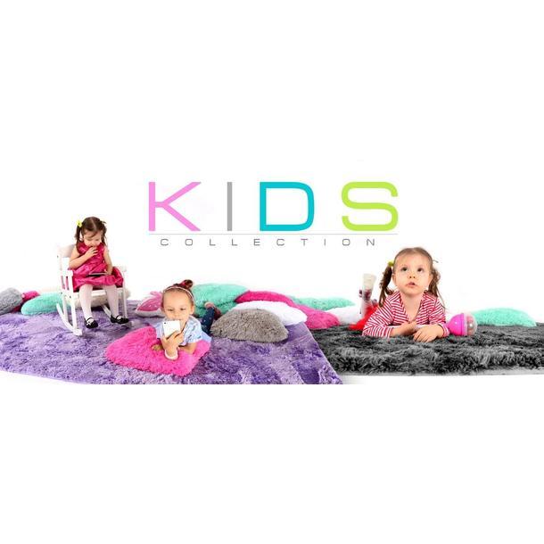 Plyšový detský koberec STRIEBORNÝ
